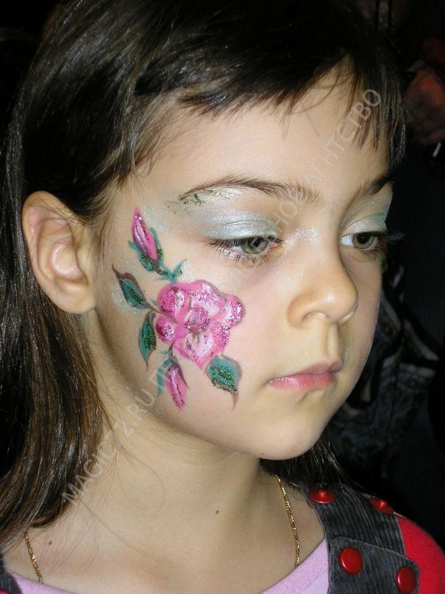 Фото простых рисунков на лицах детей